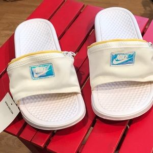Fanny pack Nike slippers